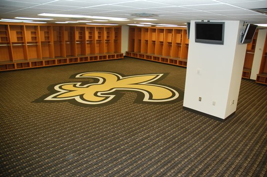 [Image: locker_room-lockerroom5-nfl_medium_540_360.jpg]